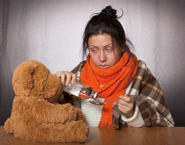 žena s chřipkou