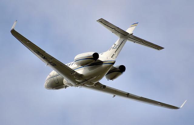 bílé letadlo