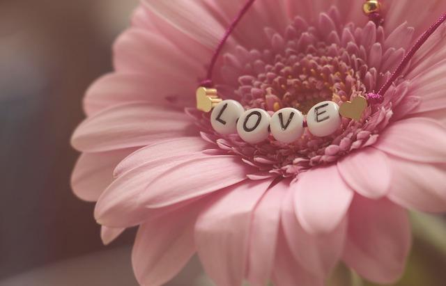 náramek na květině
