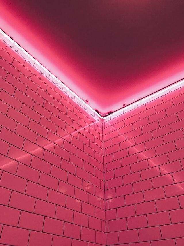 osvetlená miestnosť.jpg
